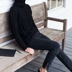 Fall fashion: black cable knit turtleneck. Via French Voguettes
